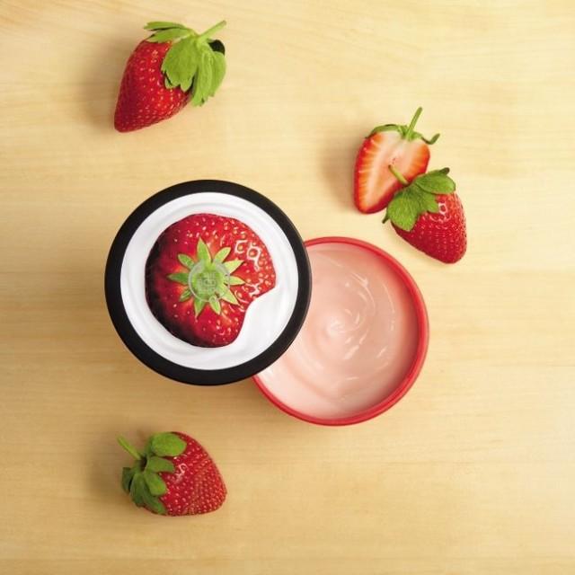 Йогурт за тяло Ягода