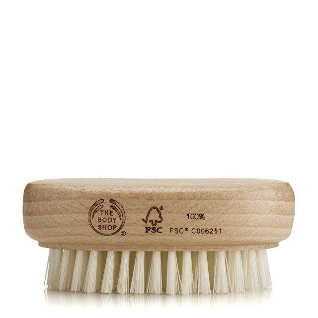 Четка за нокти дървена