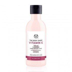 Почистващ крем за лице Витамин Е